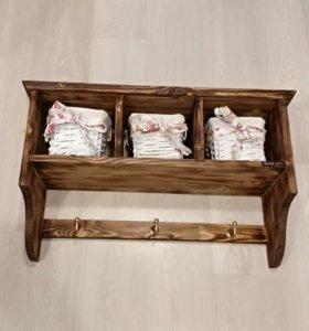 Полка деревянная