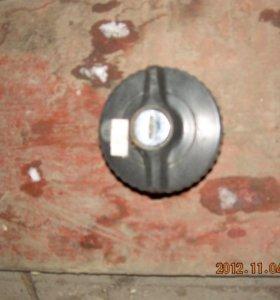 Крышка топитвного бака Мercedes Вenz-126,124,123