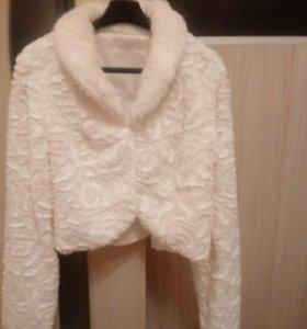 Свадебное платье с шубкой