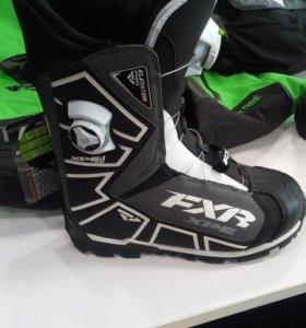 Ботинки снегоходные