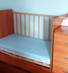 Детская кроватка+ матрас, мобиль, бортики