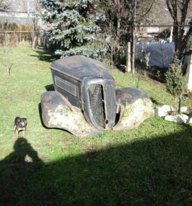 Запчасти кузова старинного автомобиля вандерер