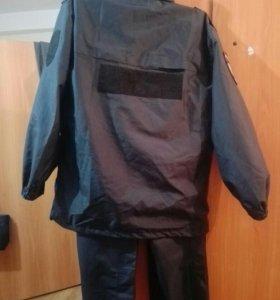Ветро-влаго защитный костюм