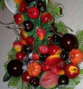 Парящая чашка фруктовая