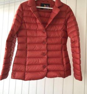 Лёгкая курточка пуховик размер 44 размер