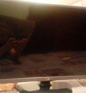 Телевизор LG(сломанный)
