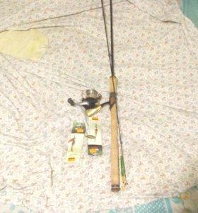 Продаю спиннинг shimano nexave bx 240 ml с катушко
