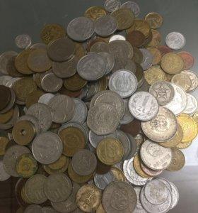 Продаю коллекцию иностранных монет