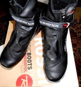 Продаю лыжные ботинки rossignol X-6.