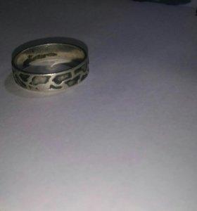 Серебреное кольцо