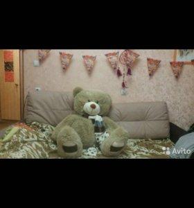 Плюшевый новый большой медведь