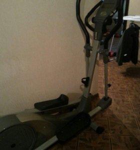 Эллептический-Тренажер