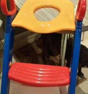 Крышка со ступенькой на унитаз для ребёнка
