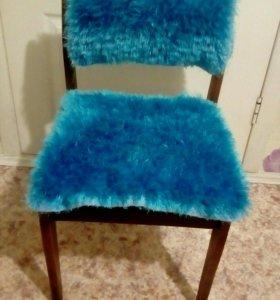 Накидка на стул,вязаная.