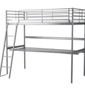 Двухъярусная кровать со столом матрасом ИкеаСвэрта