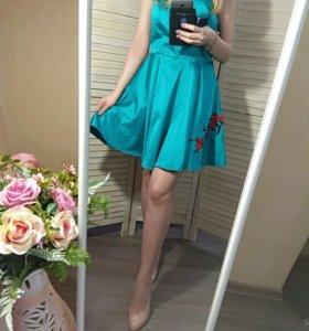 Новое бирюзовое платье