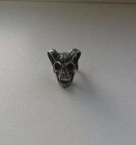 Перстень Рогатый Череп