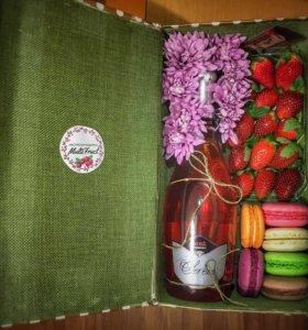 Подарочная коробочка с вином
