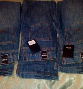 джинсы ОСТИН новые с этикетками.