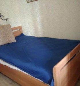 Торг.Продам кровать в хорошем состоянии  120*200