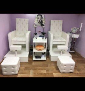 Кресло педикюрное,Педикюрный трон!