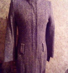 Пальто серое длинное