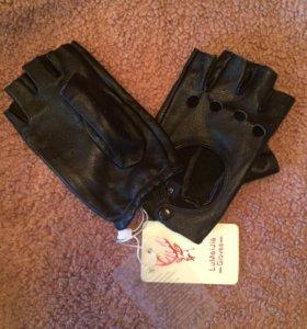 Новые перчатки натуральная кожа