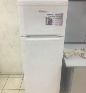 Узкий и компактный холодильник Веко