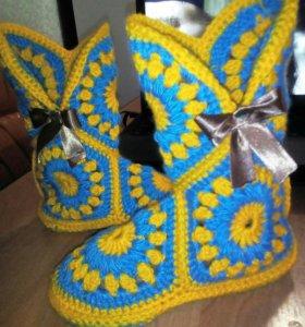 Вязанные тапочки-сапожки на заказ