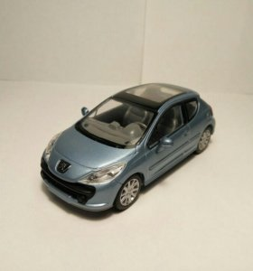 Peugeot 207 1/43