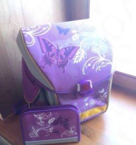 Удобный и легкий ранец для девочки