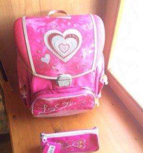 Ранец для девочки брендовой фирмы Hama