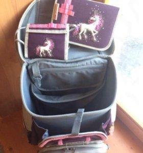 Ранец для девочки фирмы Hama Единорог