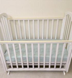 Детская кроватка с попереч.маятником + матрас