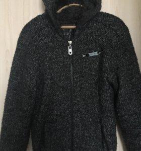 Куртка вязаная