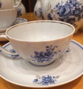 Фарфоровый чайный сервиз Дулево