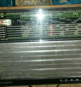 Раритетные радио многое рабочее