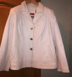 Куртка женская кожаная.