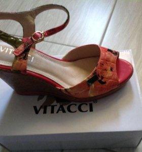 Босоножки Vitacci