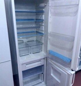 Холодильник Indesit NoFrost
