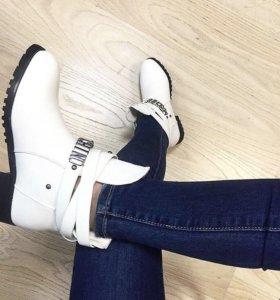 Ботинки женские (полусапожки)