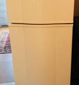 Холодильник whirlpool 1,6 м