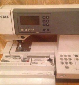 Швейная машина PFAFF Tiptronic 2030