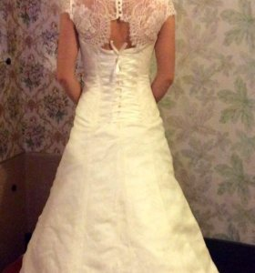 Свадебное платье 42 р medynski шубка 42 р