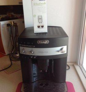 Кофемашина DELonghi ESAM3000