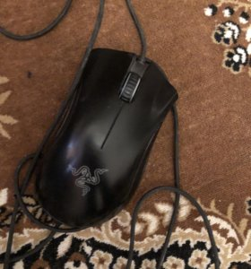 Продам игровую мышку Deathadder chroma