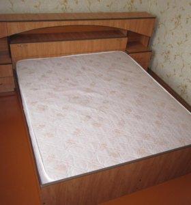 Кровать двухспальная с тумбочками (+ матрац)