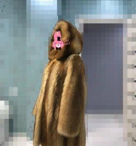 Шуба енотовая 42-44 размер