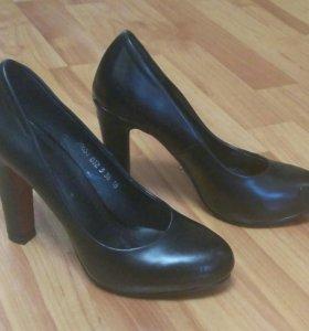 Туфли женские торг уместен