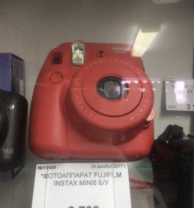 Фотоаппарат для мгновенных снимков fujifilm instax